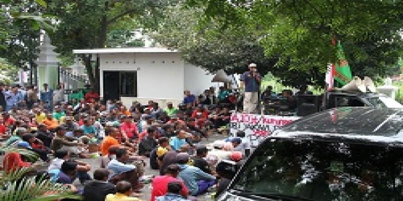 Ratusan Pengendara Betor Aksi Demo di DPRD