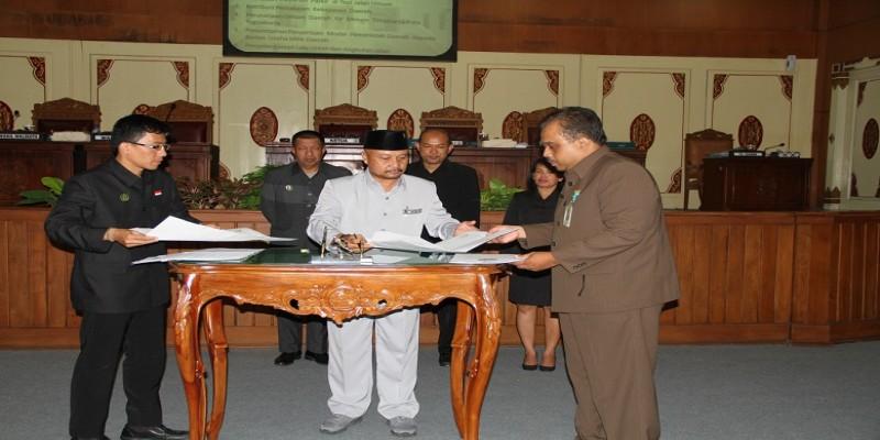 DPRD Gelar Sidang Paripurna Penandatanganan Raperda