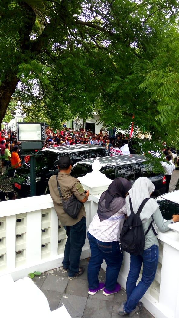 Audiensi Paguyuban Becak Motor ke DPRD Kota Yogyakarta pada Senin (26/11) pagi