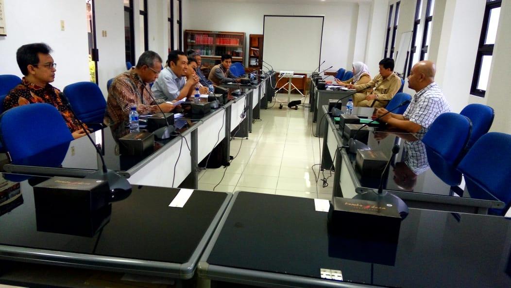 Komite IV DPD RI DIY Sosialisasi PP No.17 Tahun 2018 tentang Kecamatan pada Senin (26/11) pagi